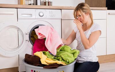 Jak usunąć brzydki zapach z pralki